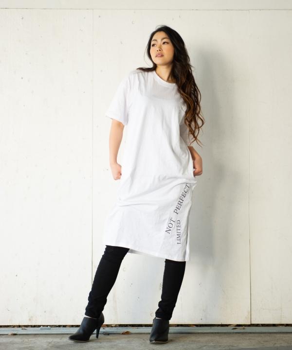 英文字刺繍Tワンピース